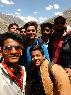 Trek with a bunch of friends #SelfieWithAView #TripotoCommunity