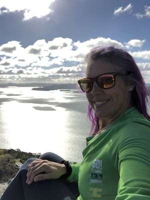 #selfiewithaview whangerai heads, New Zealand I climbed the mountain and WOW!