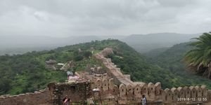A getaway to the magnificent Kumbhalgarh fort.