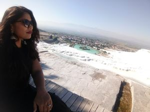 The white terrace of Pamukkale. #SelfieWithAView #TrippotoCommunity
