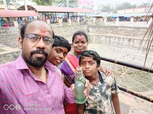 Selfi with family, had and enjoyed koli soda.