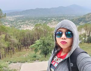 Freezing in 9 degrees at Cloud 9. Uphill to Billing from Bir. #SelfieWithAView #TripotoCommunity