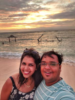 The Magnificent Gili Sunset... #SelfieWithAView #TripotoCommunity