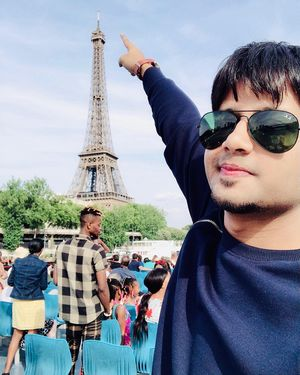 """""""City of love""""  A place always close to my heart. #selfieewithaview"""