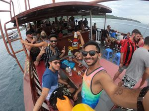 #SelfieWithAView one of the crazies parties with my gang in the PhiPhi Pirate Boat #TripotoCommunity