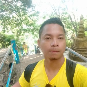 look tiger is behind me #selfiewithview#tripotocommunity