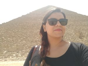 When Horous calls to the land of mummies and pyramids. #Egypt #SelfieWithAView #TripotoToCommunity