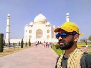 #Taj #selfie #wonder #SelfieWithAView #TripotoCommunity #tajmahal #love #peace #mosque #travel #agra