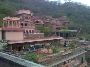 A day trip to Neemrana Fort