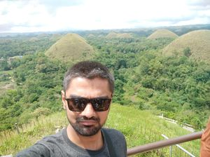 Most amazing nature creation chocolate hills , #SelfieWithAView #TripotoCommunity