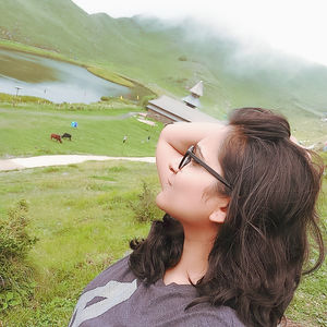 """To Travel is to Live""  #SelfieWithAView #TripotoCommunity"