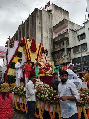 Pune cha Raja