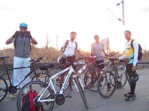 Cycling around Lake Tansa