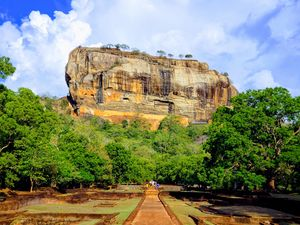 A Tour to Famous Cultural Sites in Sri Lanka #srilanka #buddhism #culture #travelwithjayant
