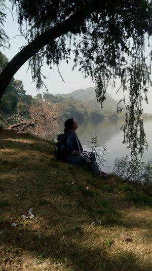 मानसर! उस झील के किनारे, जहाँ वक़्त ठहरता है...