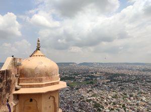 जयपुर में जाएं तो इन व्यंजनों का स्वाद जरूर लीजिए