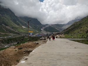 Gaurikund to Kedarnath Trek