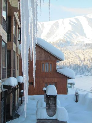Gulmarg, Kashmir - Winter is Coming