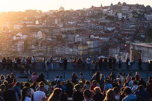 Sunset spotting at Porto