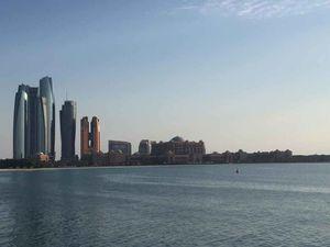 Delightful Dazzling Distinctive : Dubai