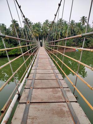 Wanna hangout on the Hanging bridge