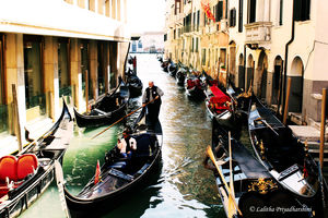 How to explore Venice on foot.