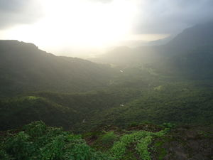 Weekend Getaway from Mumbai in Monsoon:Malshejghat
