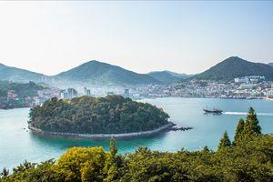 Beautiful Sea of Yeosu: South Korea