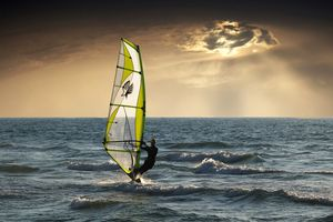 Windsurfing in India - master the wind and waves