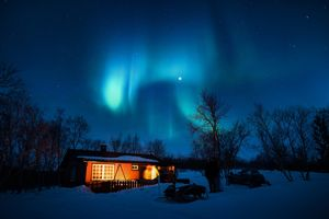 How to see the Northern Lights on Budget