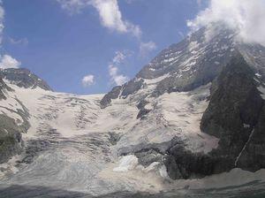 Mount Kolahoi 1/undefined by Tripoto