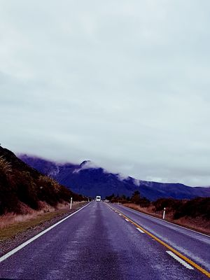 An Epic Road journey In the Land of Kiwi's.. New-Zealand extravaganza!!