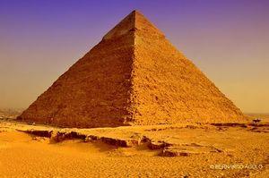 Giza Pyramid Complex 1/23 by Tripoto