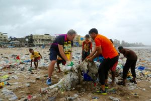 Mumbaikars Collect 2.84 lakh kg Of Trash From Versova Giving Beaches The Respect They Deserve