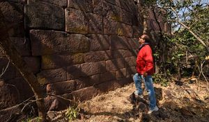 There Is A 'Great Wall Of India' In Madhya Pradesh And We Bet You Didn't Know About It