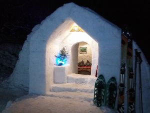 Head To Manali Right Now And Fulfil Your Dream Of Staying Inside An Igloo!
