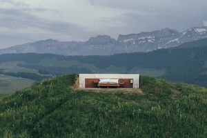 In The Middle Of The Swiss Alps With No Roof & No Walls, This Is The World's Only Zero-Star Hotel