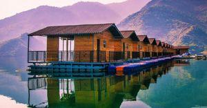 Explore kanatal with grandeur scenic view of nature