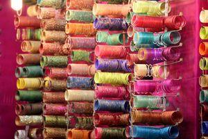 Laad Bazaar Road 1/4 by Tripoto