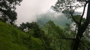 An Affair with Silence : Solo backpack trip from Delhi to Lansdowne