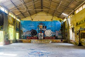 Getting lost in Beatles Ashram - Rishikesh