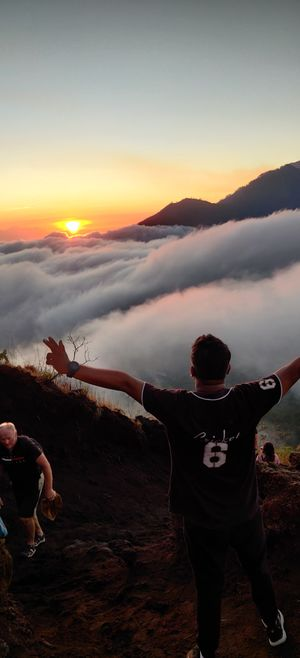 Volcano trekking to a heavenly sunrise