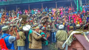 Malana village : Known for its culture and also for producing one of the finest hash in the world.