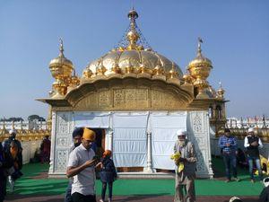 Golden Temple (Harmandir Sahib) 1/undefined by Tripoto