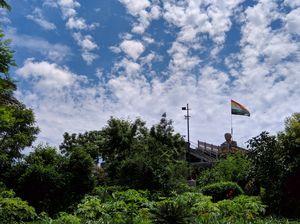 दिल्ली के शोर-शराबों के बीच एक शांतिपूर्ण धाम