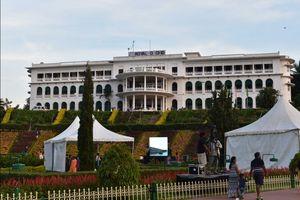 Hotel Royal Orchid at Brindavan Garden.