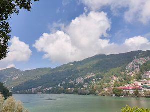 Weekend trip: Nainital. Budget friendly and out of the world experience. Must visit in Uttarakhand.