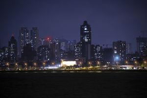 Night view of Mumbai city at Marine Drive