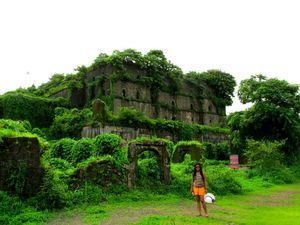 5 Historical forts in India that will take you back in time.