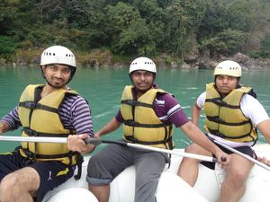 Rafting in Rishikesh 1/undefined by Tripoto